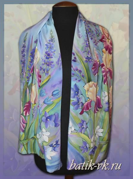 Батик шарф «Цветочная поляна». Шелковый шарф ручной работы.
