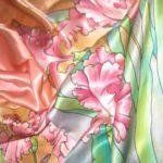 Батик шарф «Ирисы в розовой дымке». Шелковый шарф ручной работы.
