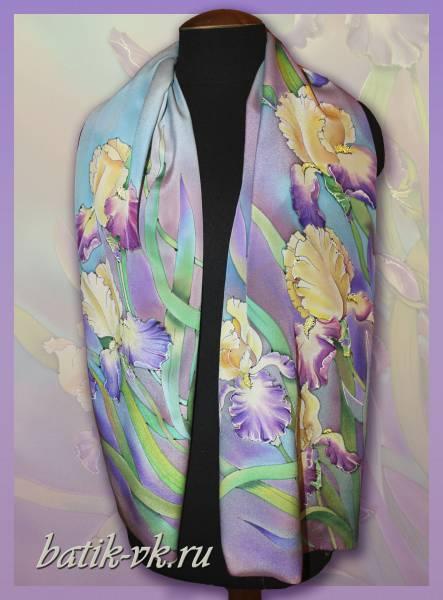 Батик шарф «Цветочный ветер». Шелковый шарф ручной работы.