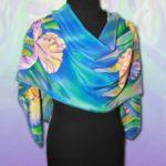 Батик шарф «Ирисы ночью». Шелковый шарф ручной работы.