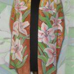 Батик шарф «Белые лилии». Шелковый шарф ручной работы.