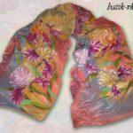 Батик шарф «Очарование». Шелковый шарф ручной работы.