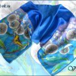 Батик шарф «На крыльях ветра». Шелковый шарф ручной работы.