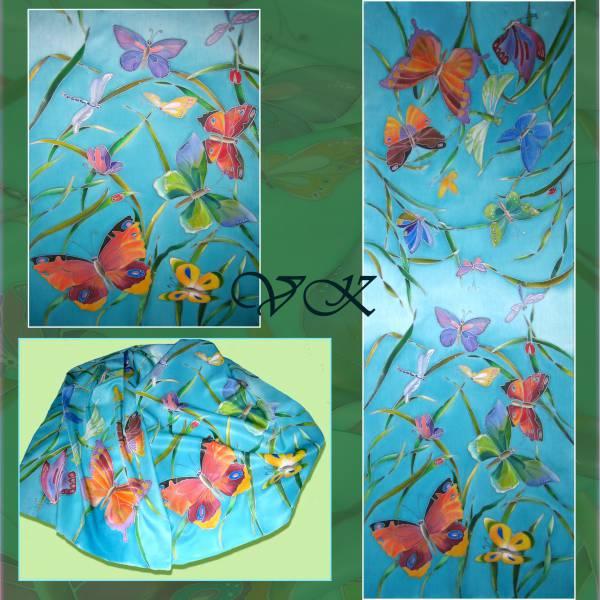 Батик палантин «Пестрые бабочки». Шелковый палантин ручной работы.