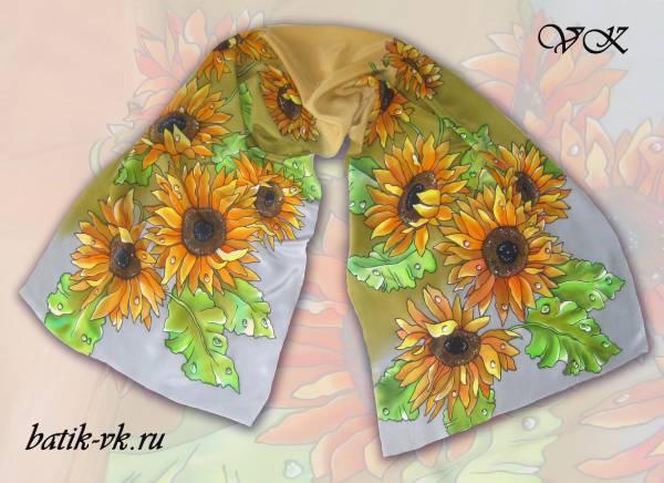 Батик шарф «Цветок солнца». Шелковый шарф ручной работы.