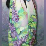 Батик шарф «Сирень в саду». Шелковый шарф ручной работы.