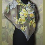 Батик платок «Букет с нарциссом». Шелковый платок ручной работы.