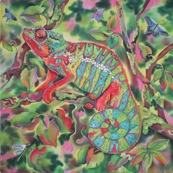 Батик платок «Мечтающий хамелеон». Шелковый платок ручной работы.